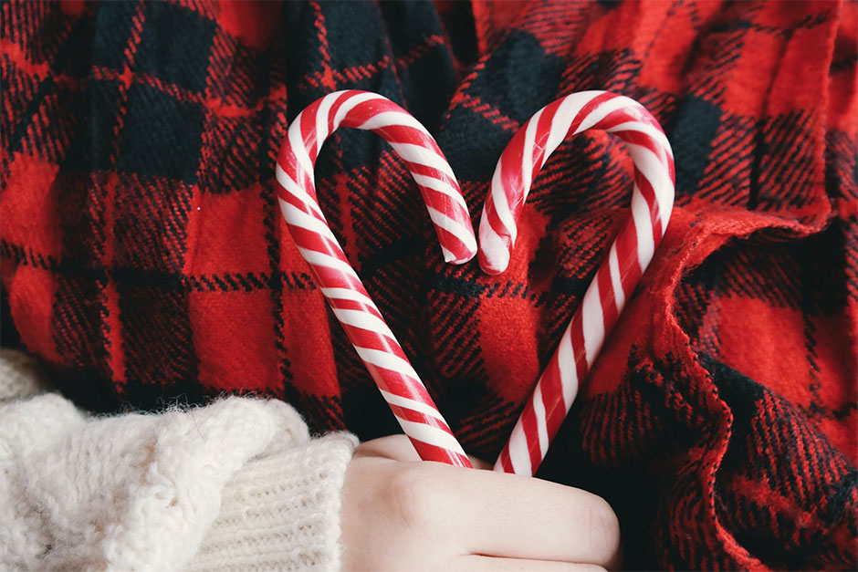 Delicious Christmas Snacks - Candy Canes